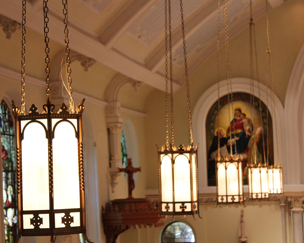 detail photograph of the hanging lights within the church