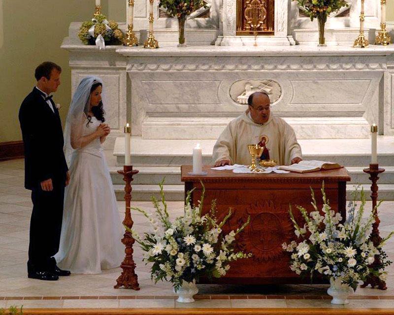 close up of wedding ceremony